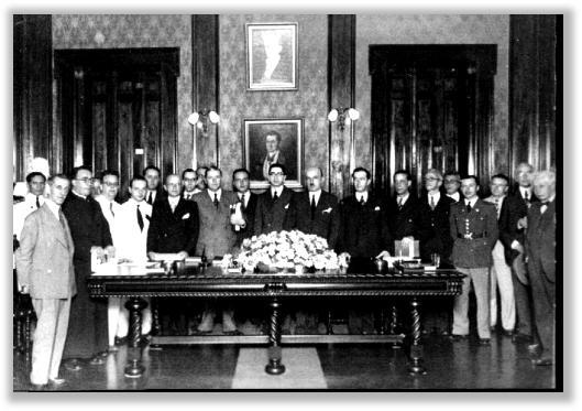 Sessão solene de instalação, na Câmara Municipal